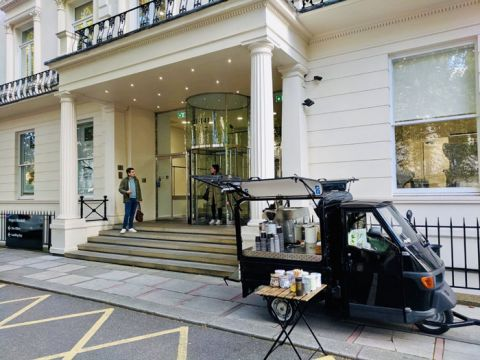 Mobile coffee van and cart for hire in London